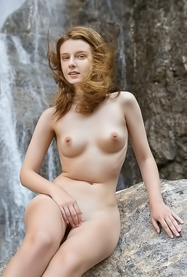 Naked Waterfall With Cute Sienna R.