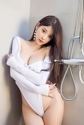 'Beautiful And Busty Asian Girl' with Sugar via All Gravure